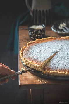 LA tarte à la noix de coco ! Saveur, Camembert Cheese, Good Food, Desserts, Beautiful, French Coconut Pie, Cold Pasta, Small Plates, Fun Recipes