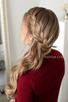 Cute And Easy Hairstyles With Braids ❤️ Do not believe in the myth that braided hairstyles are difficult to do. We have picked some braids that are trendy, messy, and, most importantly, easy. Box Braids Hairstyles, Hairstyles Haircuts, French Braided Hairstyles, Wedding Hair And Makeup, Bridal Hair, Wedding Hair Side, Braids With Shaved Sides, Perfect Ponytail, Formal Ponytail