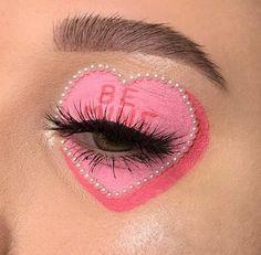 makeup for christmas Indie Makeup, Edgy Makeup, Makeup Eye Looks, Eye Makeup Art, Cute Makeup, Makeup Goals, Pretty Makeup, Makeup Inspo, Eyeshadow Makeup