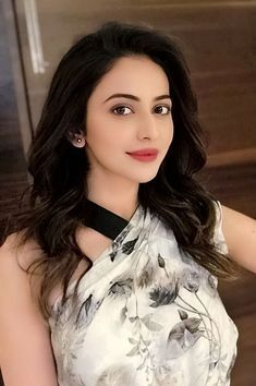 Beautiful girls and Sexy Babes!hot women Share the beauty and love. Beautiful Girl Indian, Most Beautiful Indian Actress, Beautiful Eyes, Beautiful Women, Beautiful Bollywood Actress, Beautiful Actresses, Beauty Full Girl, Beauty Women, Girl Pictures