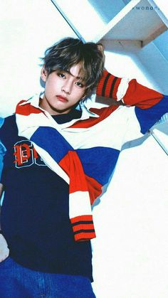 In my opinion, Taehyung looks good in red, blue and white. Especially when they& In my opinion, Taehyung looks good in red, blue and white. Especially when they& combined together. Bts Taehyung, Namjoon, Bts Bangtan Boy, Seokjin, Daegu, V Bts Cute, I Love Bts, V Cute, Foto Bts