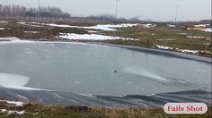 氷の張った池の中をロケット花火が進み炸裂するGIF画像 created by javonte2optio