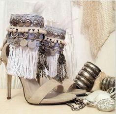 Gypsy Style, Boho Gypsy, Bohemian Style, Hippie Boho, Boho Heels, Boho Sandals, Shoes Sandals, Cow Girl, Cute Shoes