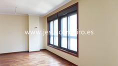 Piso a estrenar de tres dormitorios situado en Sanjurjo Badía, con todos los servicios a nuestro alrededor.