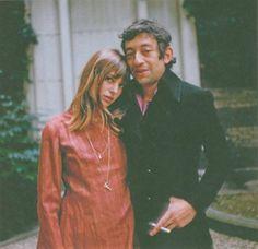 Jane Birkin et Serge Gainsbourg Serge Gainsbourg, Gainsbourg Birkin, Charlotte Gainsbourg, Style Jane Birkin, Lou Douillon, Baby Jane, Provocateur, Glamour, Photos Du