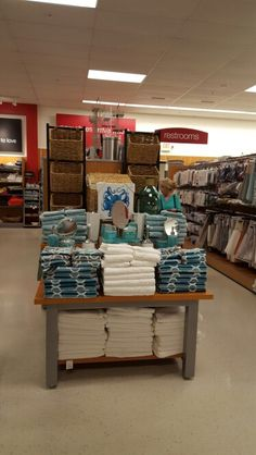 "TJ Maxx QLine ""4TH OF JULY"" Home goods store, Cap"