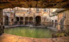 The Roman Baths & Grand Pump Room, Bath, Somerset Ancient Ruins, Ancient Rome, Ancient History, Roman Bath House, Roman Pool, Cheer Picture Poses, Bath Uk, Roman Architecture, Historical Monuments