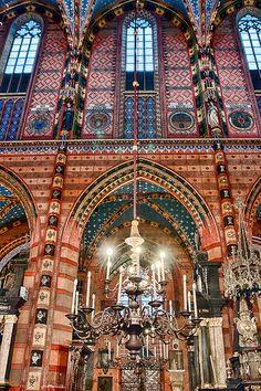 St Marys Basilica - Krakow, Poland