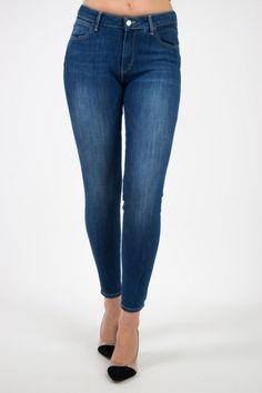 Sklep internetowy z markową odzieżą - Lee, Wrangler Texas, Skinny Jeans, Club, Womens Fashion, Pants, Texas Travel, Trouser Pants, Women's Clothes, Women's Pants