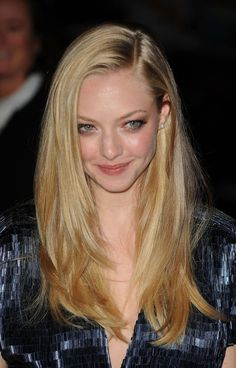 Amanda Seyfried's Beauty Evolution - 2009