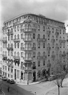 Lisboa de Antigamente: Ruas Latino Coelho, 49-59 e Filipe Folque, 25