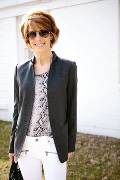 cb6d7ad5d The Middle Page   Grey and white transitional look   fashionover50womencasualgrey Usados