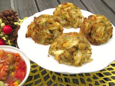 Kent Island Crab Cakes - Holiday Sampler, $51.95 Have Yourself a Merry Little Christmas    For an intimate, small holiday celebration, all you add is a salad and the wine. Kent Island's holiday gift to you.    Have a Happy Holiday.    4 - 3.5oz. Maryland Style Crab Cakes and 1 pint of Maryland Red Crab Soup