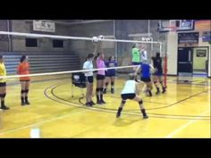 Volleyball Blocking Drill: No waterfalls Volleyball Blocking Drill: No waterfalls Volleyball Passing Drills, Volleyball Gifs, Volleyball Skills, Volleyball Practice, Volleyball Training, Volleyball Workouts, Coaching Volleyball, Volleyball Pictures, Basketball Drills