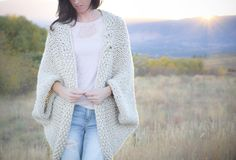 Easy Big Knit Blanket Sweater | This bulky knit sweater will keep you cozy and warm.