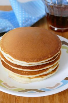 Skip store bought and make your pancakes at home, from scratch! This breakfast recipe is SO easy, delicious and family approved! Try addin. Best Pancake Mix, Pancake Mix Uses, Best Pancake Recipe, Easy Homemade Pancakes, How To Make Pancakes, Pancakes Easy, Smoked Meat Recipes, Oven Recipes, Easy Recipes