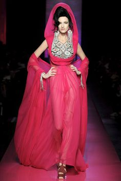 Jean Paul Gautier Spring 2012 Couture    love the amy winehouse inspiration