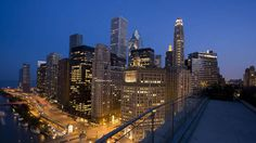 Trump Hotel Chicago - Hotel City View from Terrace rooftop bar Site Restaurant, Rooftop Restaurant, Rooftop Bar, Trump Chicago, Chicago Chicago, Chicago Hotels, Chicago Restaurants, Chicago Things To Do, Trump International Hotel