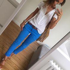 Blue Monday #outfit#outfitoftheday#dailylook#dailypost#instafashion#fashionpost#fashiondiaries#wiwt#whatiwore#metoday#bluepants cargopant#reiko blouse(old)#zara sandales#bershka sac#zara