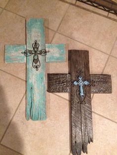 Old fences turned into crosses. oooohh,,, i need these for my cross wall!!!