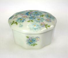 Very Nice, Vintage, Takahashi, Pastelle, 10 Sided, Trinket Box. Item: Vanity Trinket Box Brand: Takahashi Pastelle Material: Porcelain