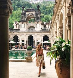 into the jungle vibe Oh The Places You'll Go, Places To Travel, Travel Destinations, Places To Visit, Fotos Goals, Foto Pose, Travel Aesthetic, Future Travel, Adventure Is Out There