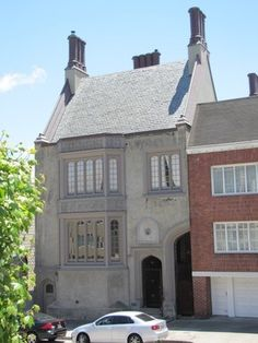 Tobin House - Half of a house