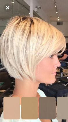This Pin was discovered by Mel Bob Hairstyles For Fine Hair, Haircut For Thick Hair, Short Hairstyles For Women, Short Hair With Layers, Short Hair Cuts, Short Hair Styles, Short Layered Haircuts, Great Hair, Hair Trends