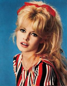 Brigitte Bardot was one of the sexiest wom. Brigitte Bardot b Bridgitte Bardot, Jane Birkin, Twiggy, 00s Mode, Urbane Mode, Hair Icon, Actrices Hollywood, French Actress, Mode Vintage