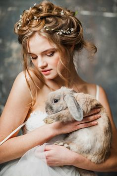 Bride with rabbit ⎪ Antonova Kseniya Photography ⎪ see more on: http://burnettsboards.com/2015/04/spring-nature-bridal-portraits/