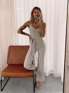 Dinner Outfits, Night Outfits, Spring Outfits, School Outfits, Summer Vegas Outfit, Summer Shorts, Brunch Outfit, Playsuit Romper, Going Out Outfits