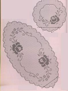 Hobby lavori femminili - ricamo - uncinetto - maglia: Centri trittici