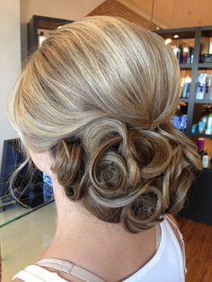 Wedding updo  Love the swirls