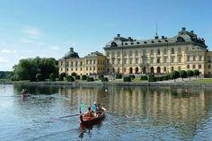 Los palacios reales de Magdalena de Suecia y su familia Casa Real, Magdalena, Royal Palace, Sweden, Spain, To Go, Places To Visit, Louvre, Around The Worlds