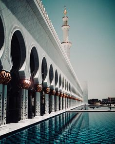 Beautiful Place Sheikh Zayed Mosque in Abu Dhabi Abu Dhabi, Mosque, Marina Bay Sands, Uae, Contrast, Beautiful Places, Travel, Viajes, Trips