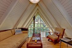 Mount Washington A-Frame Woodsy Retreat | Apartment Therapy
