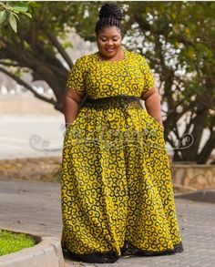 Styles for plus size at Diyanu Ankara Skirt And Blouse, African Maxi Dresses, Ankara Dress Styles, African Dresses For Women, African Attire, African Women, African Girl, African Style, African Print Skirt