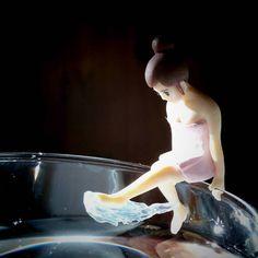Fuchiko in a cup #fuchiko #miniatureslife #miniature #miniatura #blackout #blackoutbcn #fuchikoinacup #toyphotography #toys #toylagram #barcelona