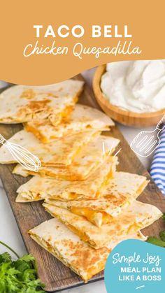 Yummy Healthy Snacks, Easy Delicious Recipes, Yummy Food, Mexican Food Recipes, Dinner Recipes, Mexican Dishes, Dinner Ideas, Quesadillas, Air Fryer Recipes Easy