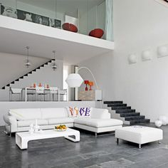 Roche-Bobois is a French furniture company that has just released its 2009 Spring-Summer collection of living room furniture which seems to lay heavy emphasis on the vivid colours that reflect the season.