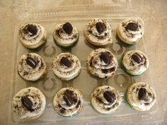 Cookies and Cream Cupcakes. Hallie Ward Specialty Cakes & Cupcakes.