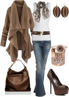 Brown, white and jeans.  Casual and cute!