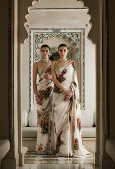 Do you require quality Indian Sari including products like Elegant Design Saree and Bollywood saree in which case CLICK VISIT link for more indianfashion Sabyasachi Sarees, Indian Sarees, Lehenga Choli, Georgette Sarees, Bollywood Saree, Bollywood Fashion, Indian Anarkali, Indian Bollywood, Floral Print Sarees