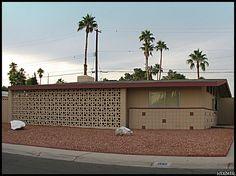 Neat brick work pattern I don't see too often. Mid century modern in Paradise Palms, Las Vegas.