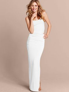 Could teeter on the edge and do a white maxi. lol