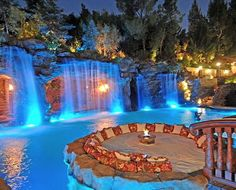 Google Image Result for http://www.cozymansion.com/wp-content/uploads/2012/12/Luxury-Swimming-Pool-Designs_1.jpg