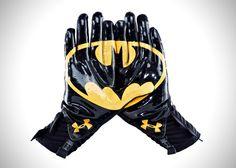 Under Armour Alter Ego Highlight Gloves 4 - Batman!