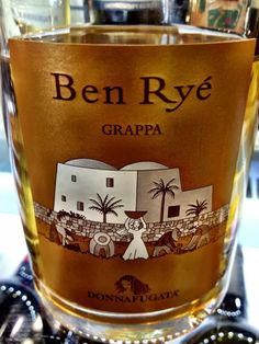 Donnafugata Grappa Ben Ryé. A distillate with golden glints, its bouquet delivers typical citrus notes, followed by a superb aromatic range of fresh and candied fruit (citron, peach, apricot and exotic fruit) blended with a subtle aroma of vanilla.