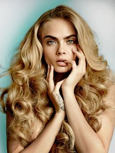 Cara Delevingne with multi-pastel hair Blond Rose, Hair Styles 2016, Long Hair Styles, Hot Hair Colors, Modelos Fashion, About Hair, Gorgeous Hair, Amazing Hair, Hair Colorful