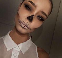 Halloween Makeup Clown, Pretty Halloween, Up Halloween, Halloween Outfits, Halloween Recipe, Women Halloween, Halloween Projects, Costume Halloween, Halloween Fashion